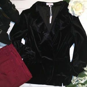Candies black velvet open front blazer, size M